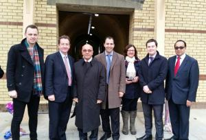 Councillors & VIrendra Sharma MP celebrate the re-opening of Hanwell Station's southern entrance