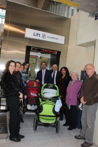 Jubilant Greenford residents join Cllr Bassam Mahfouz, Steve Pound MP and Cllr Raza to open the new incline lift, a UK first