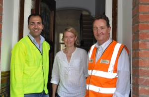Councillors join recycling team to give doorstep advice (1)